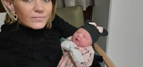 Geen plek in Nederlands ziekenhuis voor baby Zara-Lizzy uit Almelo: in Bremen op intensive care