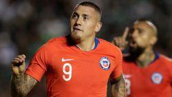 FT buitenland. Nicolas Castillo (ex-Club) bezorgt Chili zege in Mexico - Italië oefent tegen VS in Genk - Bolt niet naar Malta