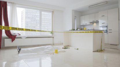 Makelaar gaat (figuurlijk) over lijken om flat te verkopen