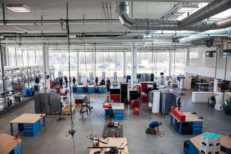 Opening van Energy Lab op de T2 campus op het Thor Park, met 60 apparaten en installaties voor opleidingen in verwarming, koeling en ventilatie alsook voor training van energiespecialisten.