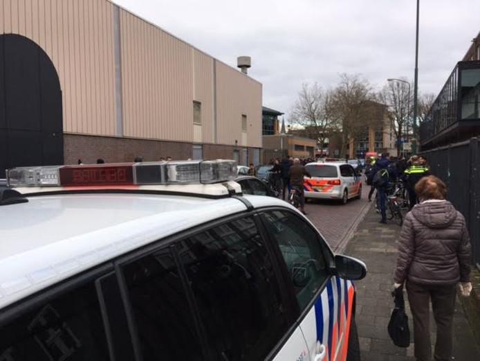 Politie grijpt in als groepen jeugd elkaar treffen in Oss.