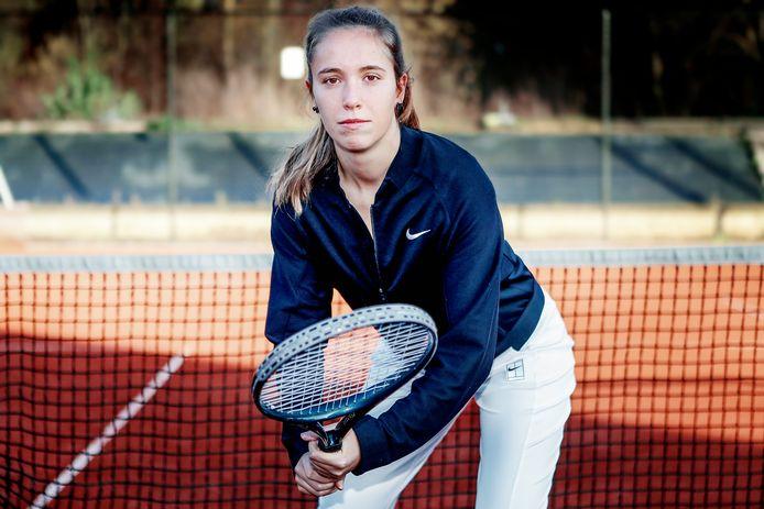 Eline Audenaert vindt de opleiding voor topsporters tot instructeur B een schot in de roos.