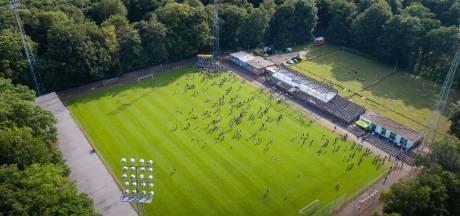 Een moment voor het klimaat en de eeuwige voetballiefde in Wageningen