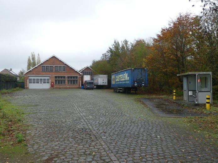 De oude stelplaats wordt verhuurd als stockageplaats.