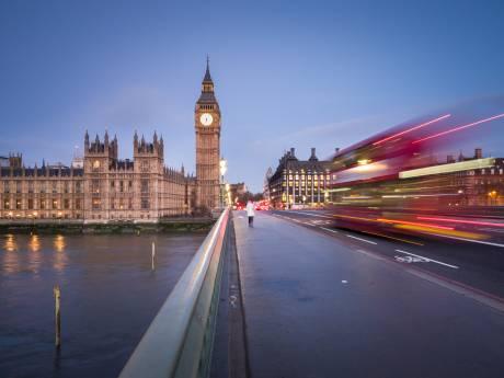 """Pour travailler au Royaume-Uni, il faudra désormais parler anglais et être qualifié: """"Notre économie ne doit plus dépendre d'une main-d'œuvre bon marché"""""""