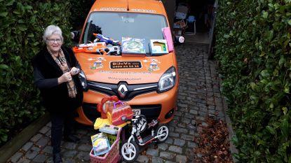 Annie De Windt stuurt Sint en Kerstman naar kansarme kinderen in Zottegem