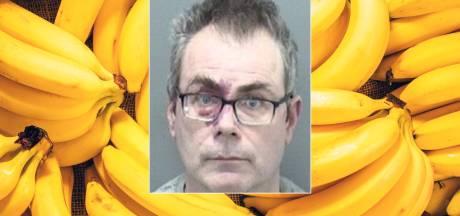 Veertien maanden cel voor man die bank beroofde met banaan