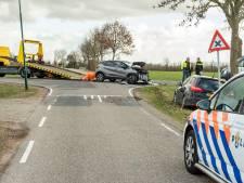 Auto raakt van de weg na botsing Wijk bij Duurstede