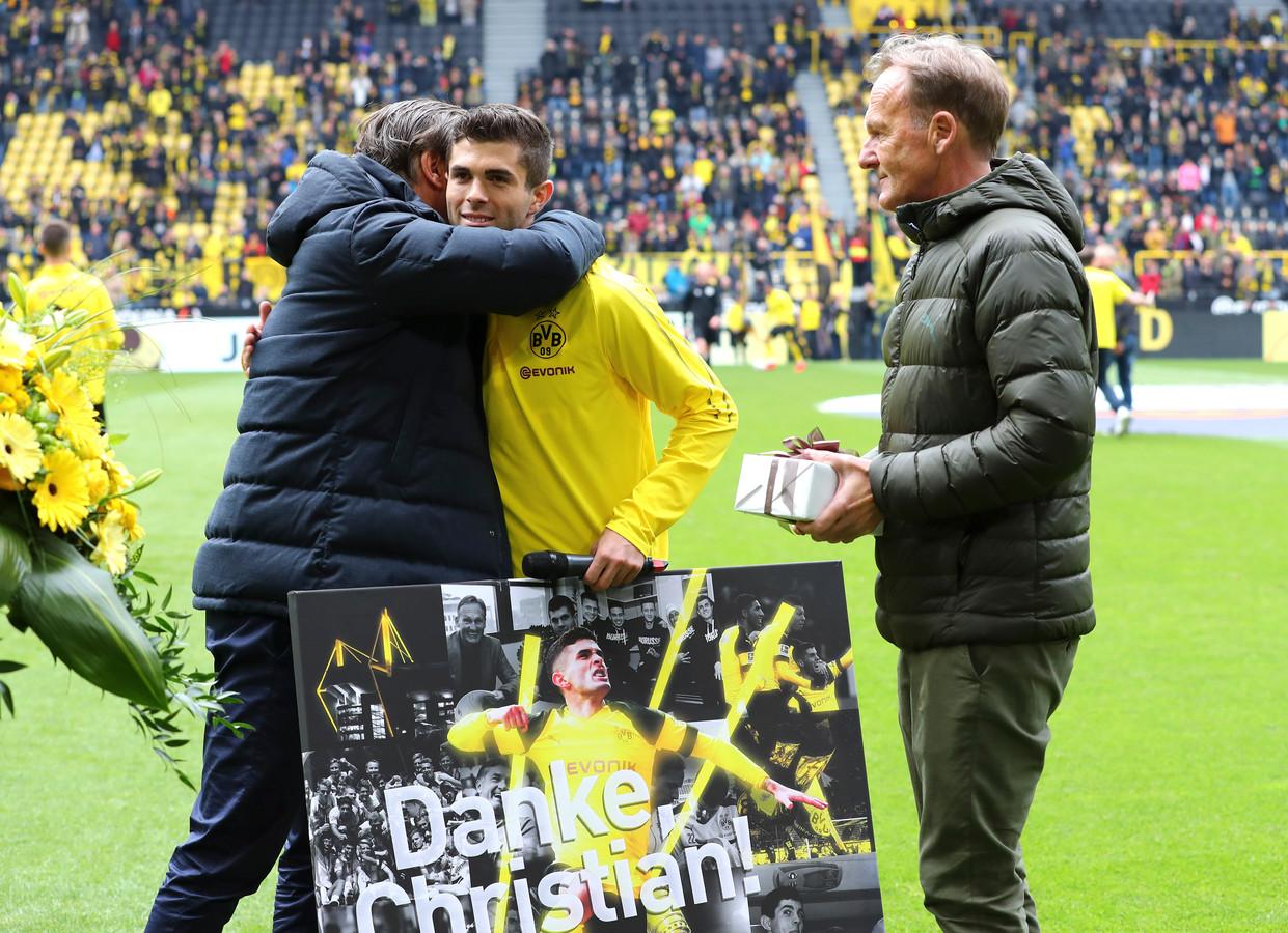 Christian Pulisic tijdens zijn afscheid bij Borussia Dortmund.