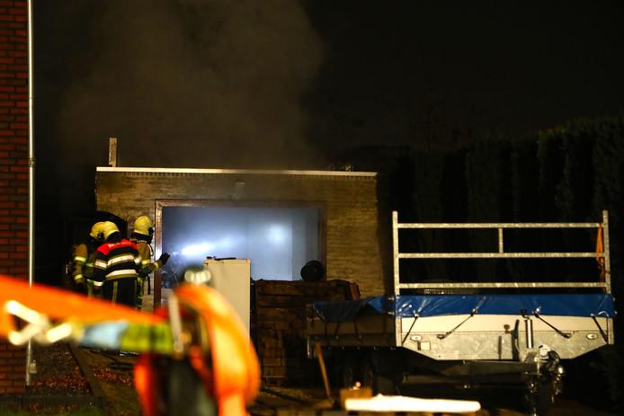 Garage in brand in Berghem.
