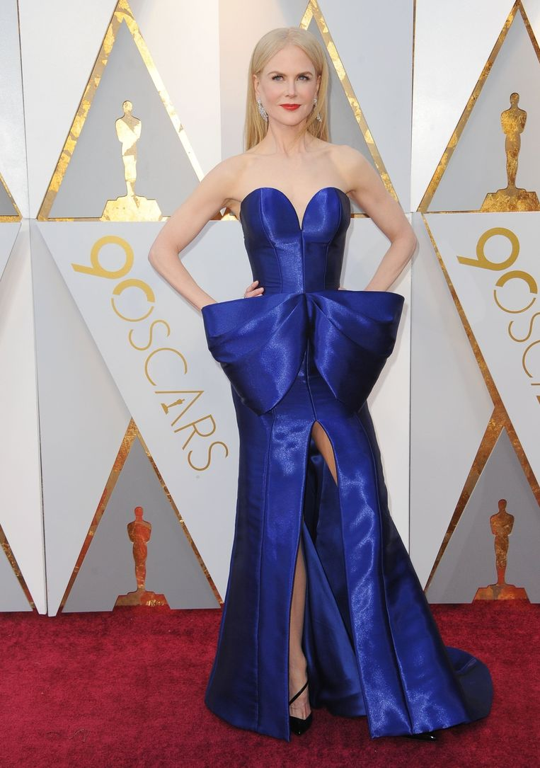 Nicole Kidman in Armani Private (2018). The 15 most memorable dresses from the history of the Oscars