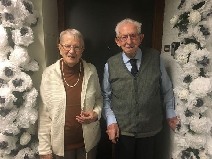 Jan (93) en Jaan (91) van Rossem-Vermeulen vierden vrijdag hun briljanten huwelijksfeest.