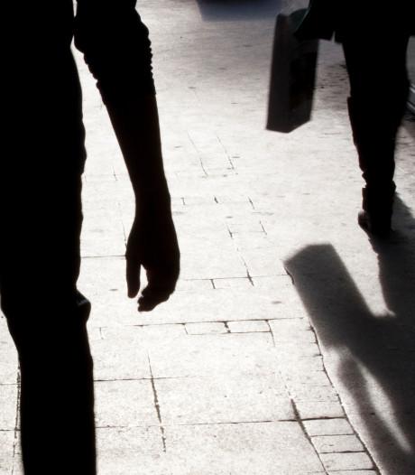 Tilburger (21) erin geluisd bij verkoopafspraak, wordt door twee mannen met geweld beroofd
