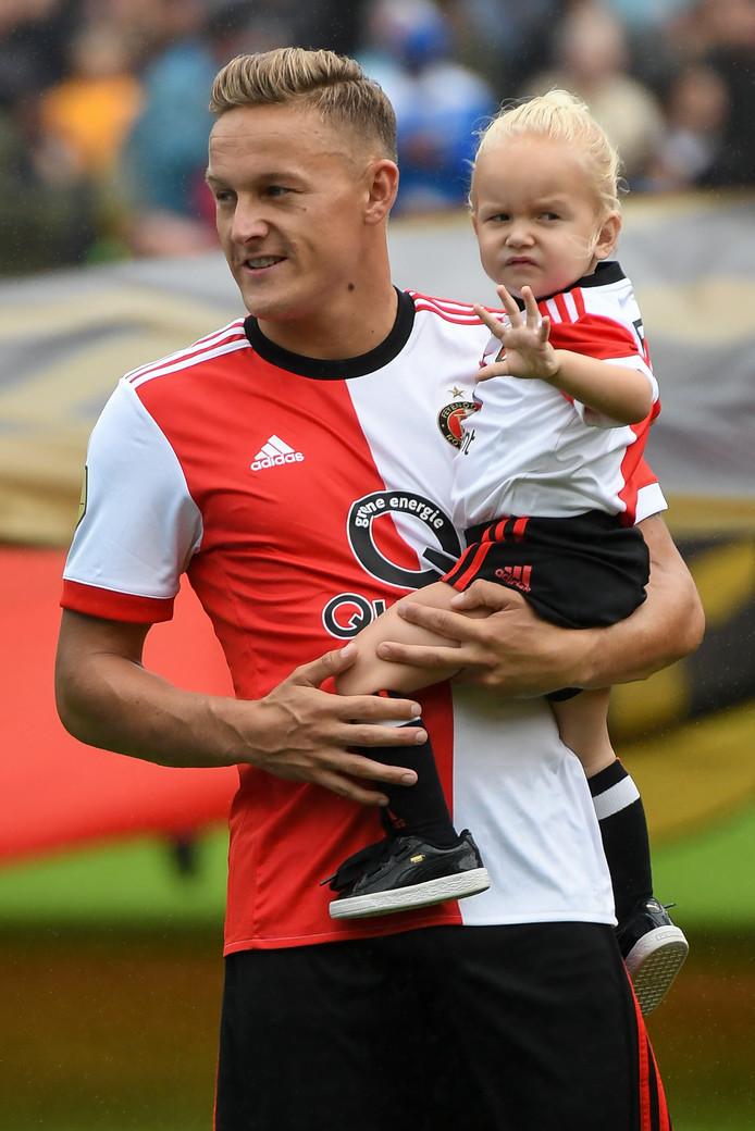 ROTTERDAM, NETHERLANDS - JULY 29:  Jens Toornstra met zijn dochtertje.