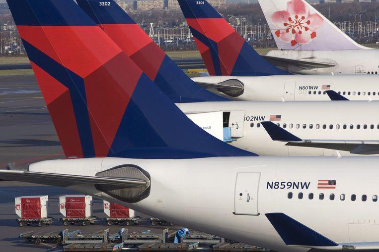 Vliegtuigen van Delta-Northwest op de luchthaven Schiphol, eind 2009. Beeld EPA