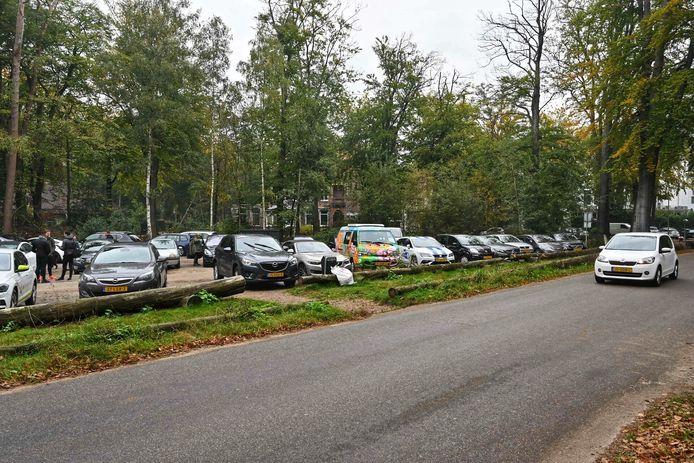Drukte bij het bos in Breda.