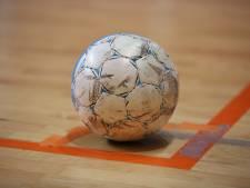 Zaalvoetbal: ZVV pakt koppositie in eerste klasse