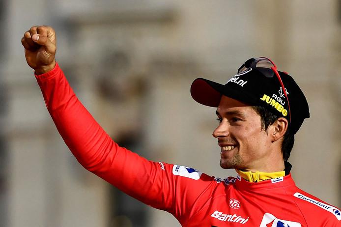 Primoz Roglic viert zijn zege in de Ronde van Spanje.