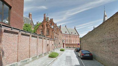 Rijrichting in Hugo Losschaertstraat tijdelijk omgekeerd