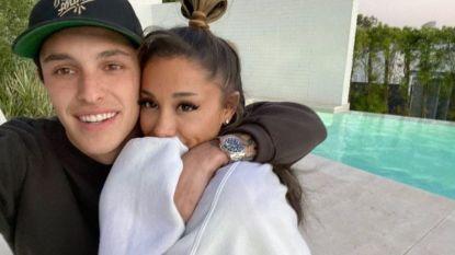 Ariana Grande maakt het officieel met vriendje op Instagram
