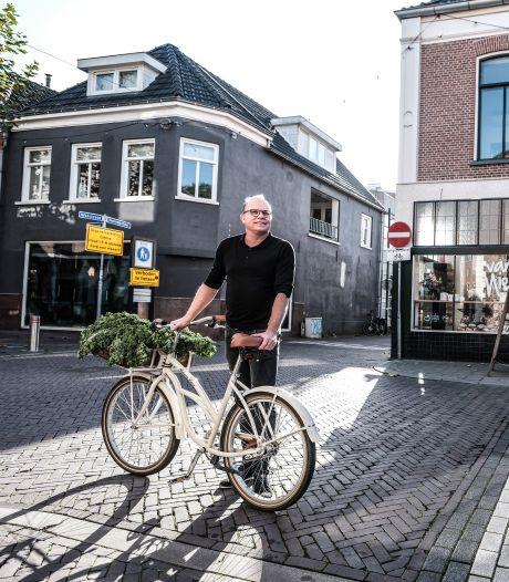 Kees Hensen opent midden in de coronacrisis een hotel: 'We zijn vrijheid kwijt omdat we in angst leven'