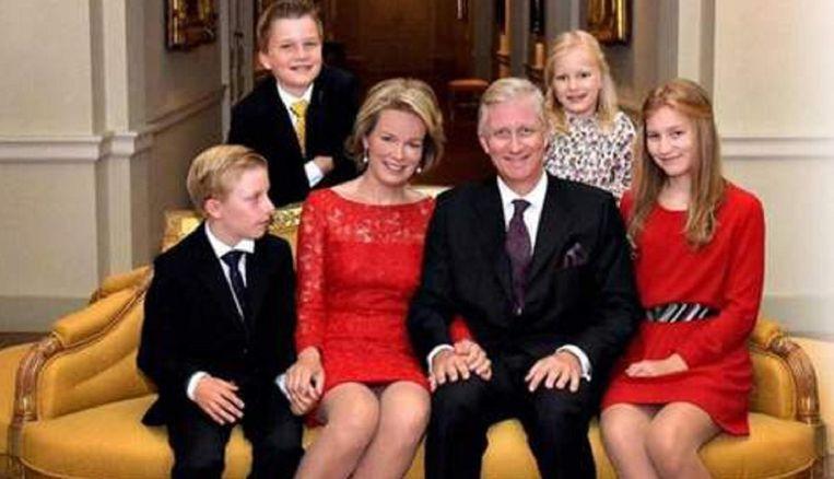 Koning Filip en koningin Mathilde met hun kinderen.