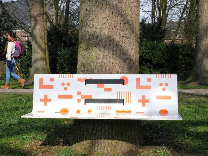 Koningsdagbankjes geplaatst in Amersfoort