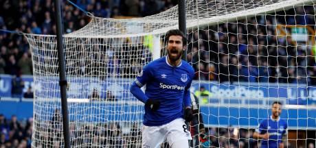 Gomes drie maanden na horrorblessure alweer op trainingsveld Everton