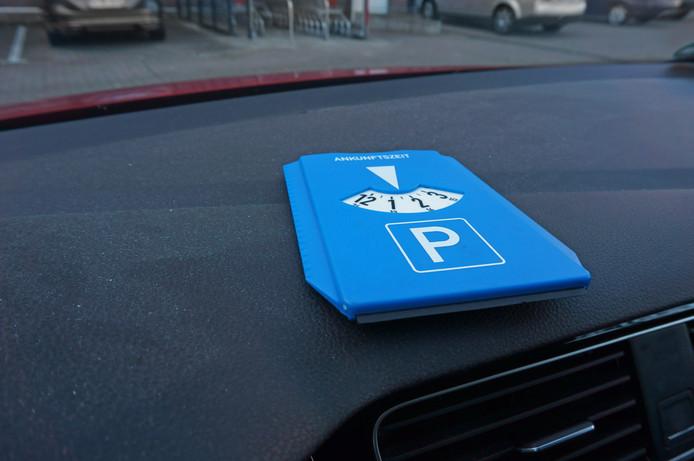Een parkeerschijf, foto ter illustratie
