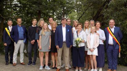 Juf Els viert gouden huwelijksverjaardag