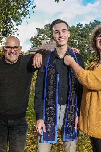 """Mister Gay Belgium had na coming-out tijdlang geen contact met z'n ouders: """"Wij hebben drie jaar lang een fout gemaakt"""""""