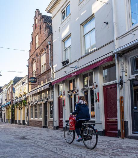 Nog geen enkele coronaboete in Den Bosch: 'Het is een stok achter de deur'
