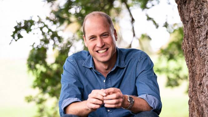 Prins William trots op Queen Elizabeth en Philip na coronavaccinatie