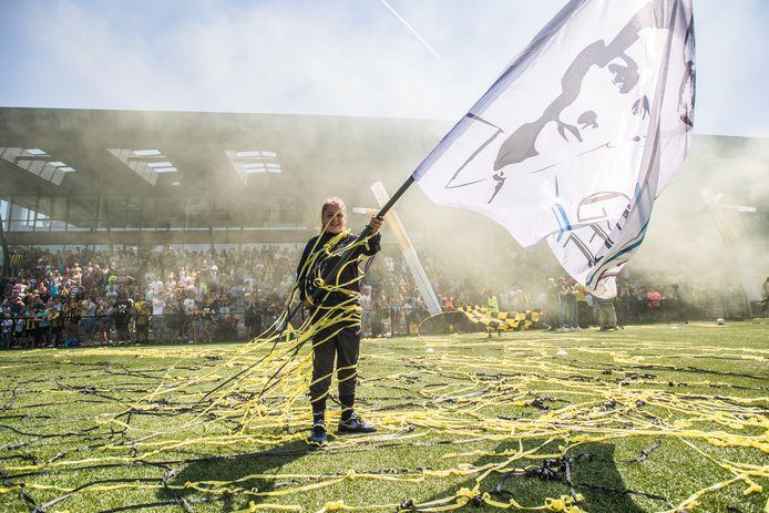 Een massa volk bij de eerste training van Vitesse, vorig jaar. Ditmaal start de eredivisionist zonder de aanwezigheid van publiek.