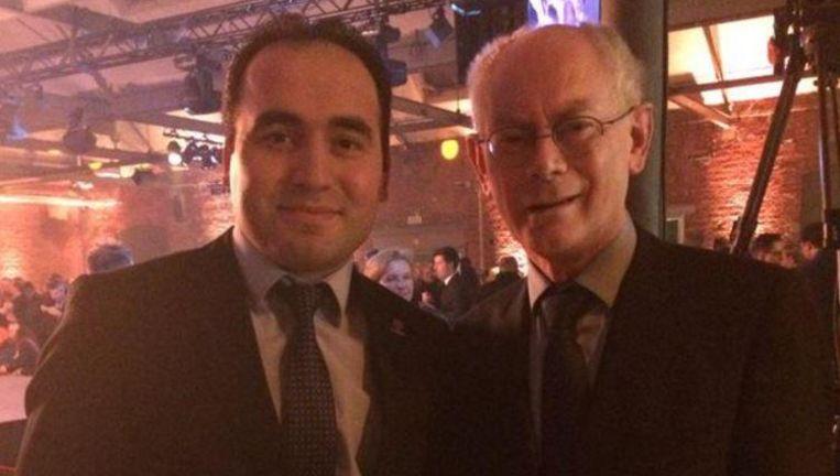 Ibrahim Anaz, hier met Herman Van Rompuy (rechts). De foto is afkomstig van Anaz' twitteraccount.
