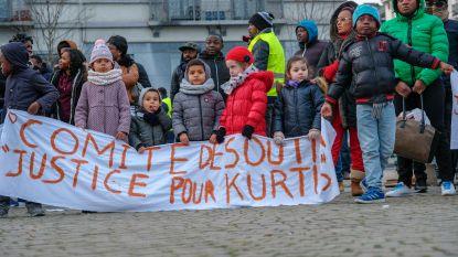Ouders en sympathisanten eisen antwoorden in zaak van verdronken Kurtis (4)