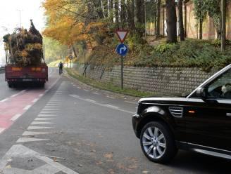 Tijdelijke omleiding voor fietsers en voetgangers op de Rennessingel door rooiwerken