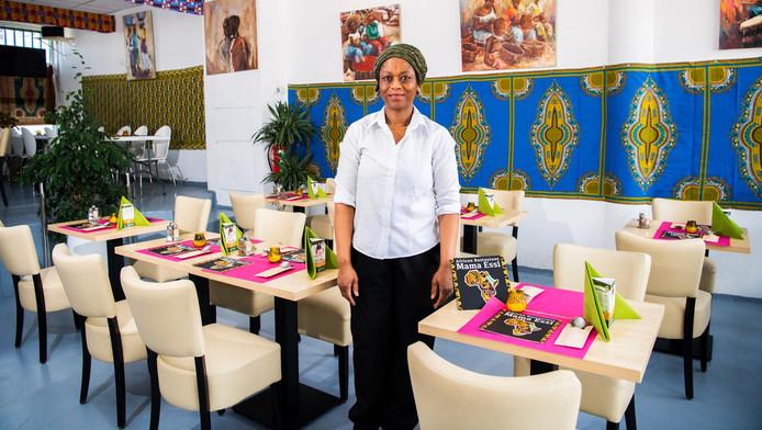 Geen idee wat je eet als je waakye, banku of ugalia bestelt? Chef-kok en eigenares Essi A-Messam van het Afrikaanse restaurant Mama Essi in Rotterdam helpt je graag verder. Hier nemen ze eten en de gasten serieus.