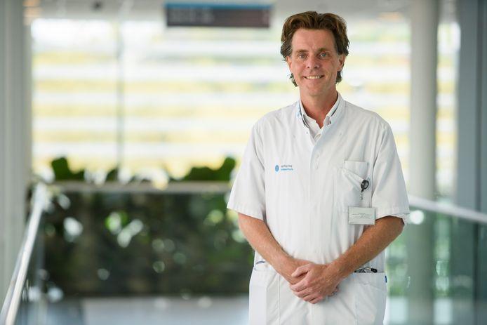 Cardioloog en hoogleraar zorginnovaties Lukas Dekker.