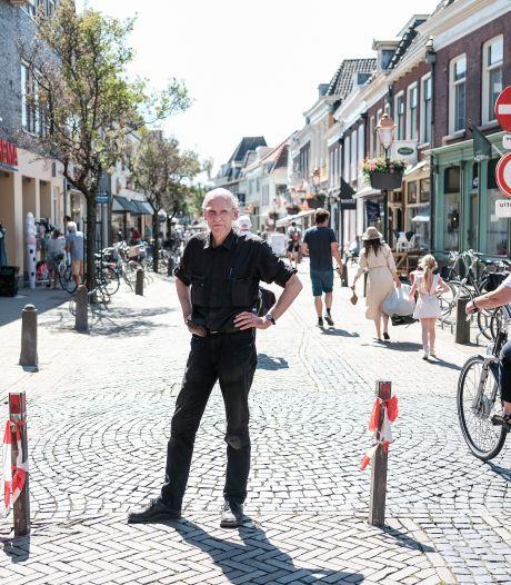 Tijd van waarschuwen voorbij: fietsers in Doesburgs winkelgebied riskeren boete