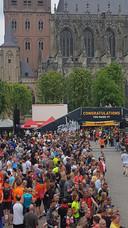 De Parada zondagmiddag tijdens de Vestingloop met zo'n 75 honderd deelnemers
