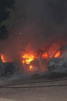 Autobranden Culemborg: binnen kwartier zeven auto's zwaar beschadigd