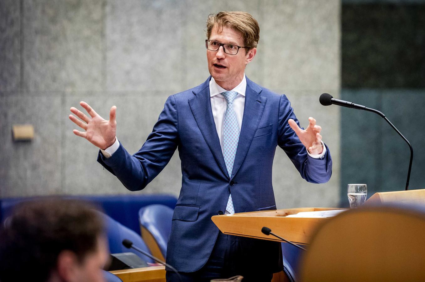 Sander Dekker, minister voor Rechtsbescherming, tijdens een debat in de Tweede Kamer.