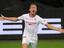 Kopspecialist De Jong schrijft Europa League-historie met goals in finale