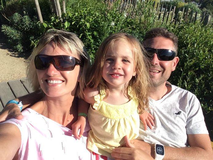 Frederik met zijn vrouw en dochter