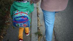 """Economieminister Muylle: """"Scholen als eerste weer open, horeca als allerlaatste"""""""