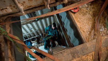 Spaanse politie vindt geheime sigarettenfabriek meters onder de grond in Malaga