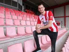 Tiebosch laat kans om het profvoetbal in te gaan niet liggen