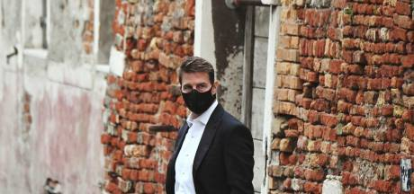 "Masqué, Tom Cruise reprend le tournage de ""Mission Impossible"" à Venise"