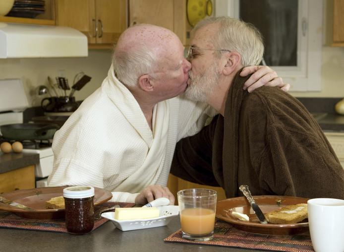 Homoseksueel Betaalt Vaak Prijs Voor Uit De Kast Komen